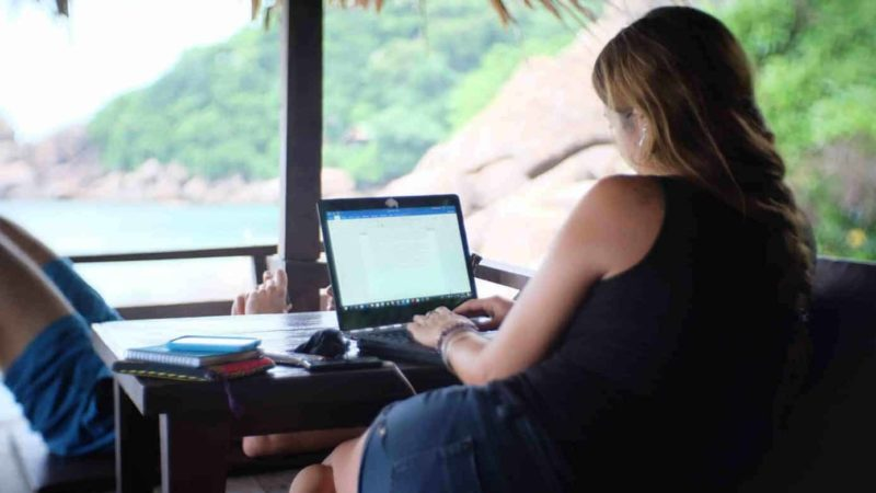 Top 7 Laptops For Digital Nomads